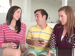 MILF Kendra asks for threesome to Maddy