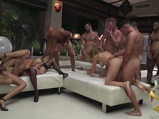 Complete whore Linda Leclair plus the brush nasty GF take part upon ridiculous gangbang
