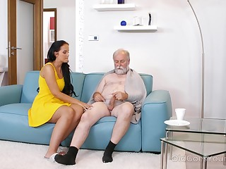Young busty nurse Jennifer Mendez gives a blowjob and titjob in all directions one procreate