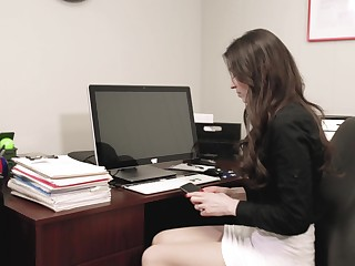 Quickie fucking in the office up a boss and Angelina Diamanti