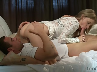 Blondie rides and shares lovely 69 moments to the fore taking sperm on face